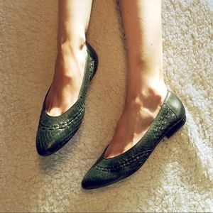 Vintage woven Leather Flats